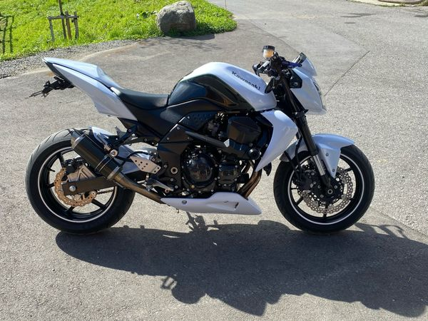 Kawasaki Z 750 Naked Bike