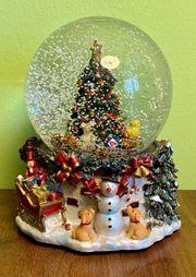 Schneekugel mit Spieluhr Weihnachten
