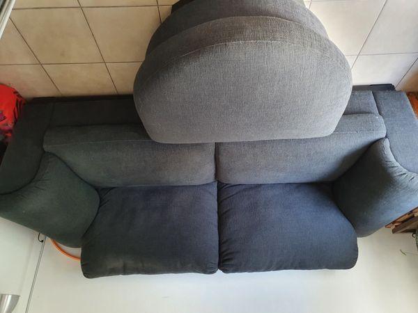 Sofa inkl Hocker zu verschenken