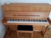 Piano - Klavier der Marke Rönisch