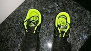 Tennisschuhe Nike