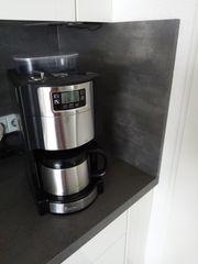 Kaffeeautomat mit Mahlwerk Russel Hobbs