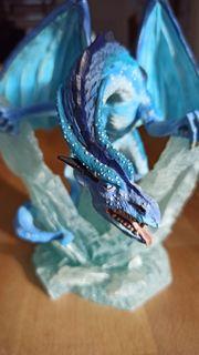 Großer Eisdrache Large Ice Dragon