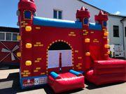 Hüpfburg Castello Rosso mieten leihen
