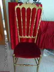 Wunderschöner Stuhl in Samt Rot