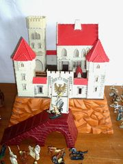 Ritterburg Festung König Arthurmit vielen