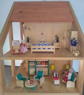 Puppen - Puppenhaus 2-stöckig mit 8 Zimmern