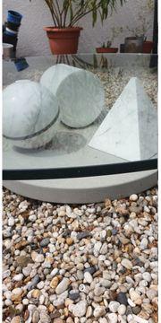 Glas-Tisch - Der BESONDERE - für drinnen draussen