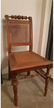 Sessel sehr alt