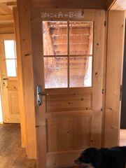 Holztüre mit Glas