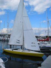 Segelboot MONAS Einhand - Kielboot