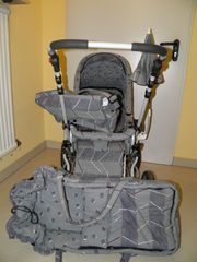 Kinderwagen incl Babytasche sowie Wickeltasche