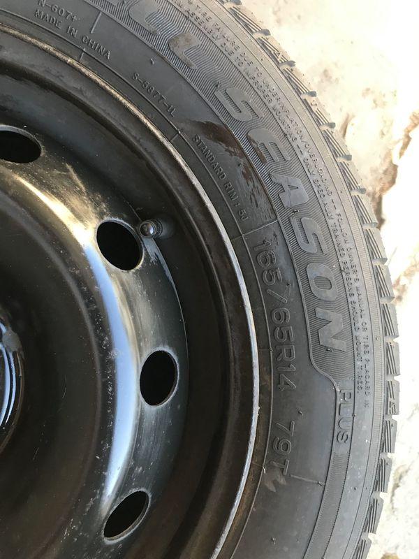 4 Reifen mit Felge für Fiat Punto 165/65/R14 79T - Hanhofen - 125/25 R10. Die Reifen sind fast neu. - Hanhofen