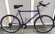 Schönes MERIDA 21-Gang Mountainbike Shimano