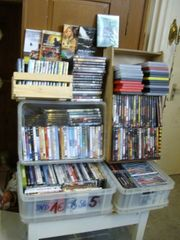 ca 200 DVD s bunt