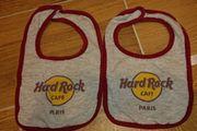 2 neuwertige Lätzchen Hardrock Cafe