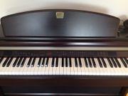 Klavier Yamaha Clavinova CLP-950 E-Piano