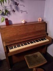 Klavier Bentley mit Hocker