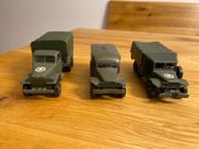 3 Militärfahrzeuge von solido