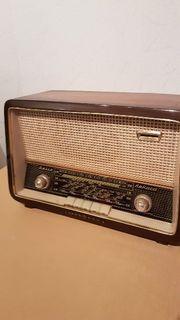 Radio Loewe Opta Type 5712W