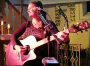 Hochzeitssängerin Sängerin Gitarristin für Hochzeit