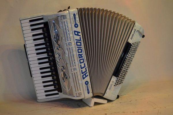 Accordiola Piano V Grande Luxe