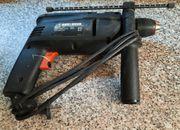 Schlagbohrmaschine Black Decker 550W