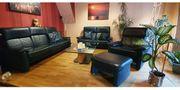 Verkaufe Couchgarnitur 3-2-1 mit Fußbank