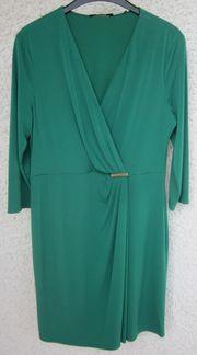 Gr 44 Kleid grün mit
