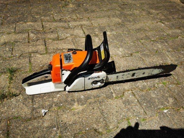 Stihl Motorsäge 024