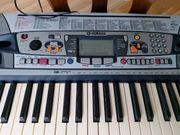 Keyboard YAMAHA zu verkaufen