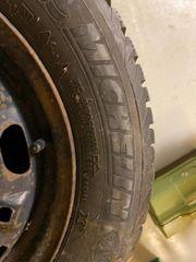 Winterreifen auf Stahlfelgen Reifen 165