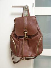 Rucksack aus Leder
