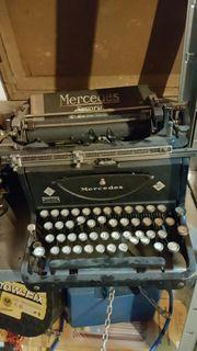 Alte historische Schreibmaschinen nostalgie Deko