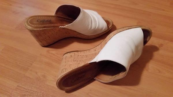 Suche Damen Füße zum verwöhnen