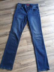 Jeans dunkelblau S Oliver Größe