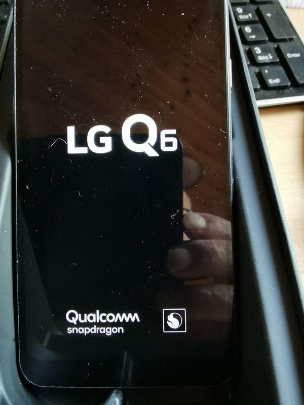 Handy LG in Originalverpackung Top