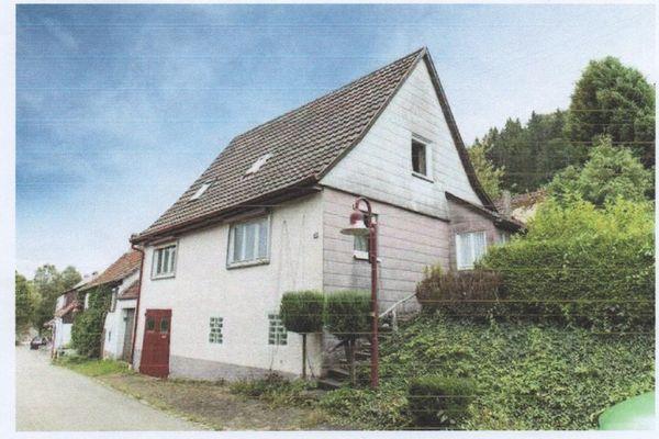Verkaufe ehemaliges Bauernhaus mit sehr