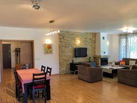 Ferienimmobilien Ausland - Angebot Haus Gästehaus mit Pool -
