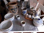 Alte Bauerntöpfe und Steinzeug