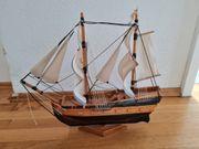 Model Holz Schiff