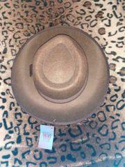 Hüte zu verkaufen