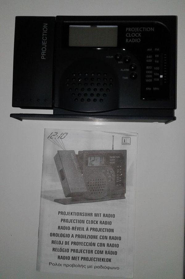 Radio-Uhr-Projektionsuhr