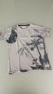 Neuwertiges T-Shirt von STC Größe