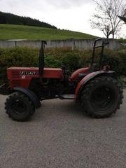Fiat Traktor Schlepper Allrad