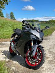 Ducati Supersport wunderschönes Modell 2020