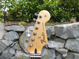 Fender Mexican Stratocaster CAR HSS: Kleinanzeigen aus Königswinter - Rubrik Gitarren/-zubehör
