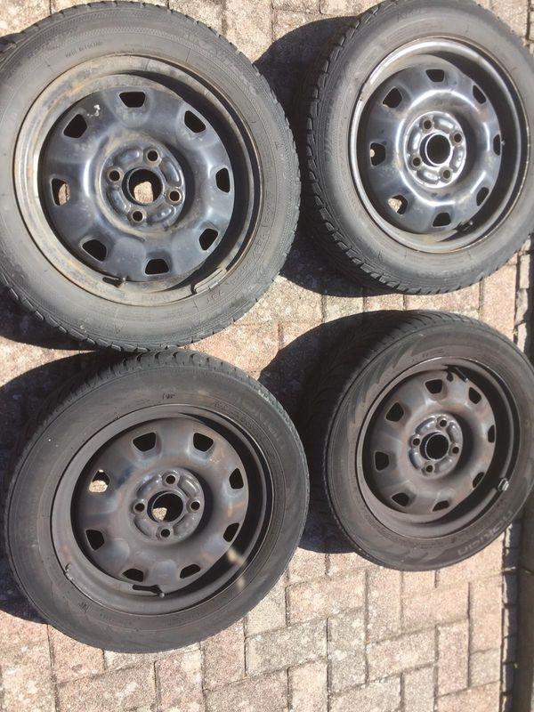 Stahlfelgen 14 Zoll - Schwegenheim - Stahlfelgen 14 Zoll zu verkaufen .Reifen sind nicht fahrbereit und müssen gewechselt werden. - Schwegenheim