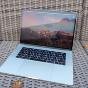 APPLE Macbook Pro 15 Touch
