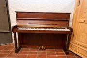 Hochwertiges Klavier